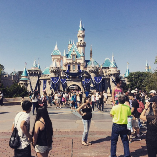 Disneyland is the most featured place on Instagram